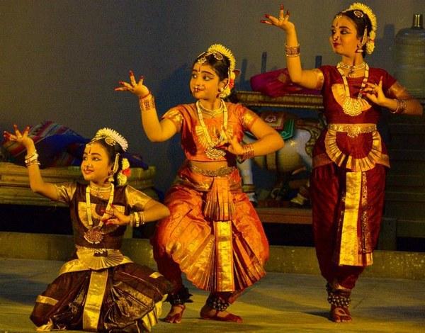 Bharathanatyam Performances For Navaratri 2012