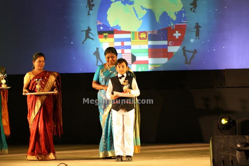 meghna-at-award-ceremony-3