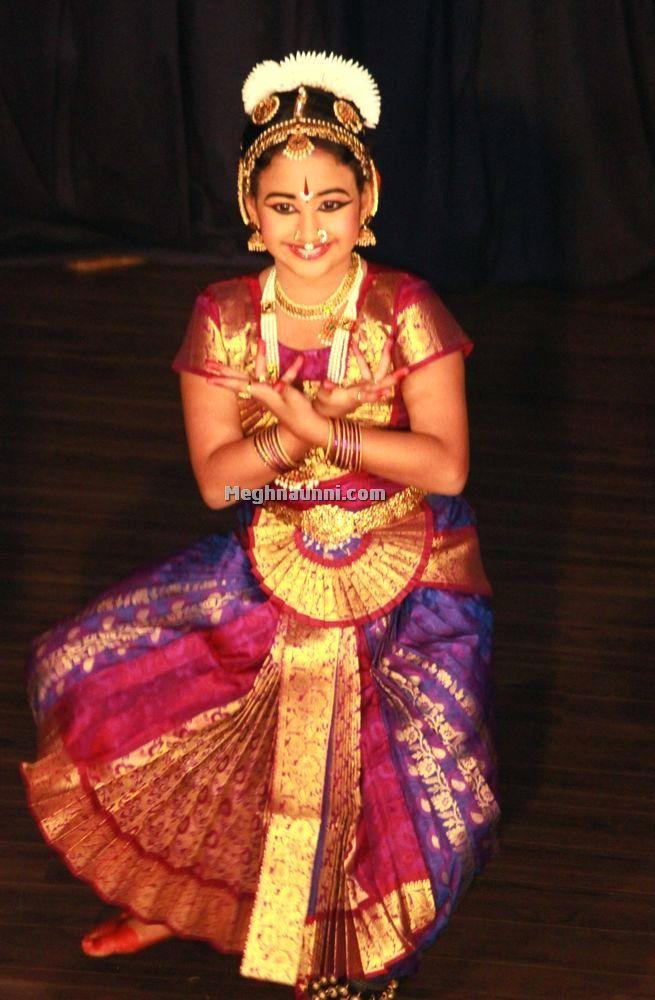 meghna-dance-at-bharatiya-vidya-bhavan--3