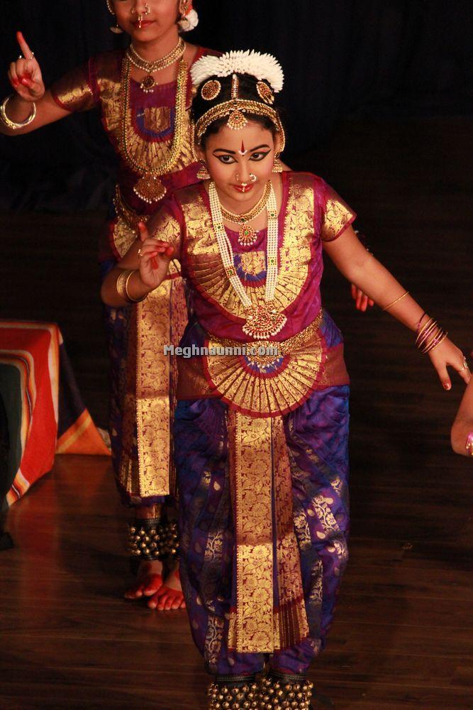meghna-dance-at-bharatiya-vidya-bhavan--5