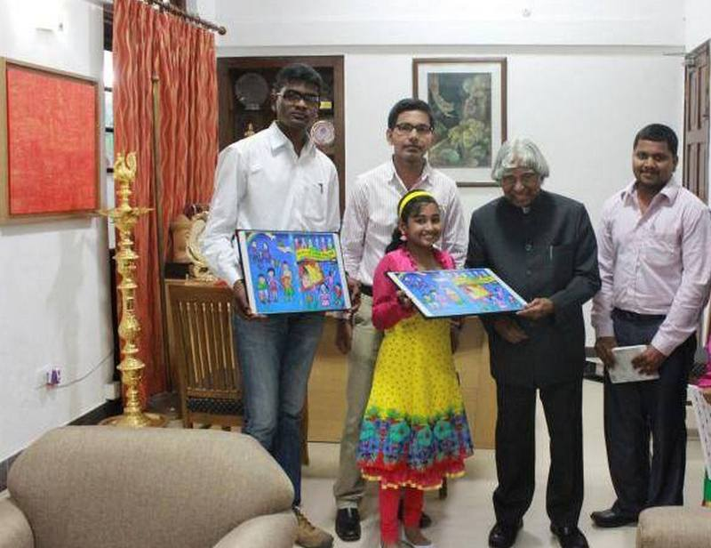 meghna-presenting-painting-to-dr-kalam