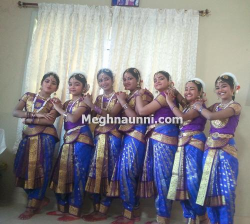 yogalaya-dance-class-friends