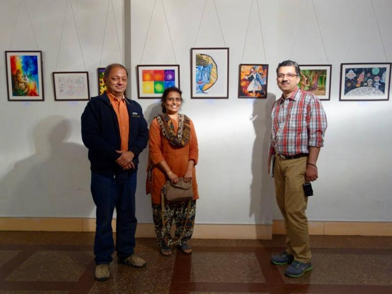 Milind Sathe with Nandini and Ashim Purohit at Khula Aasmaan