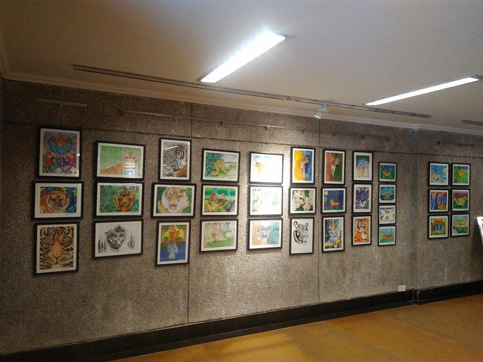 painting-exhibited-at-india-habitat-centre-new-delhi